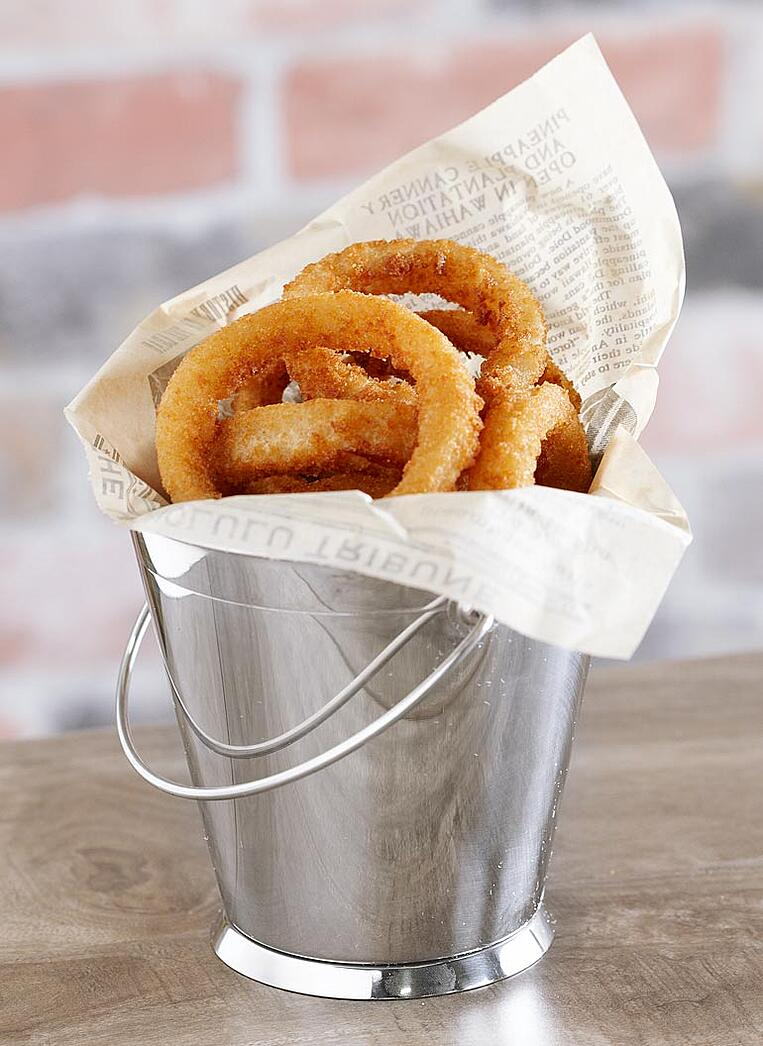 onion-rings-pail-with-paper-liner.jpg