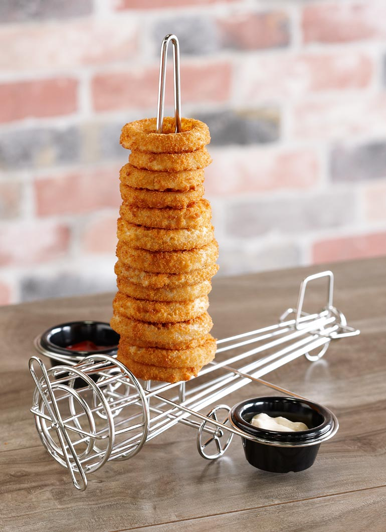 onion-rings-tower-airplane-design-with-sauce-cup-holders.jpg