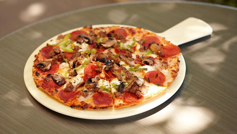 pizza-faux-wood-serving-board.jpg