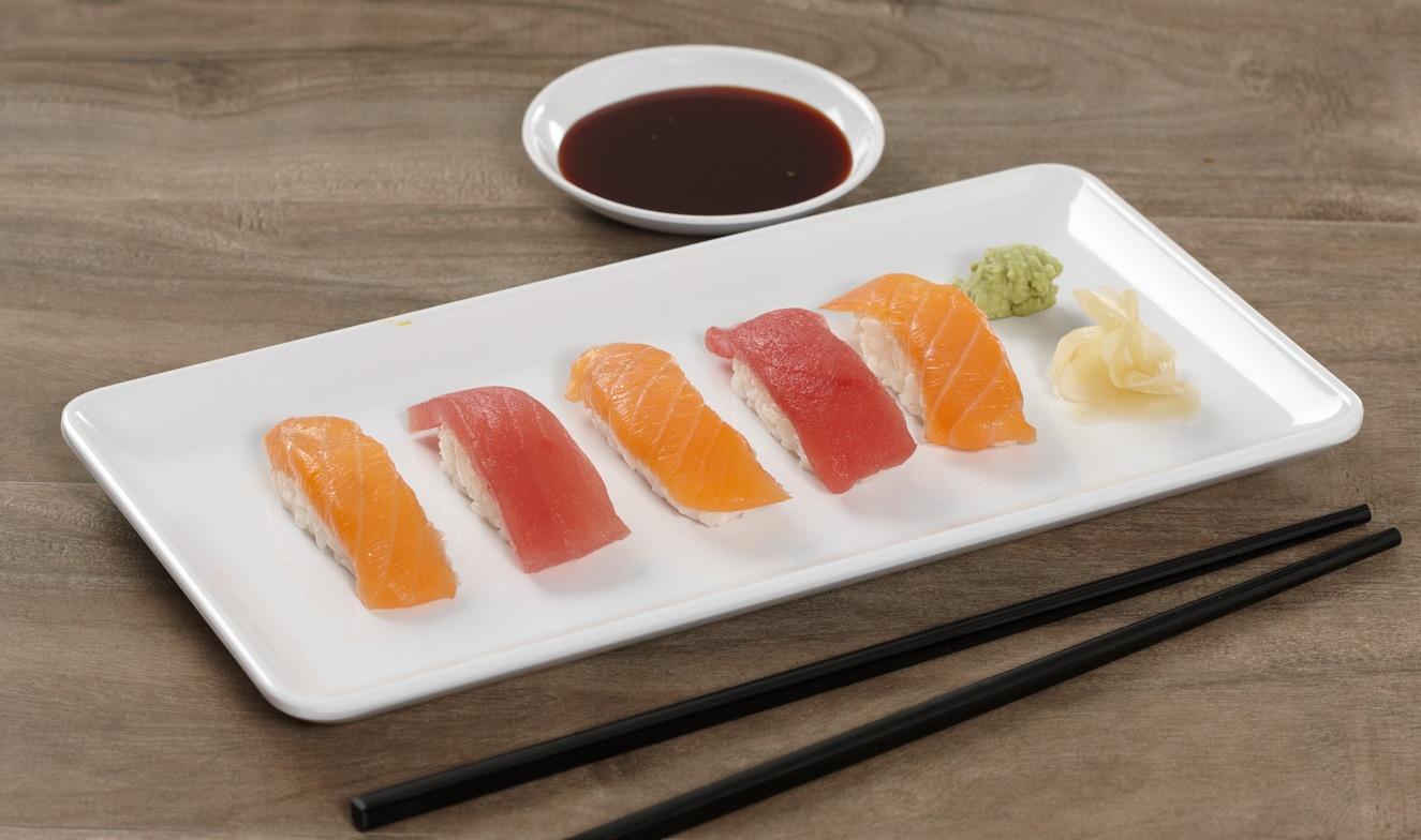 sushi-rounded-rectangular-platter.jpg