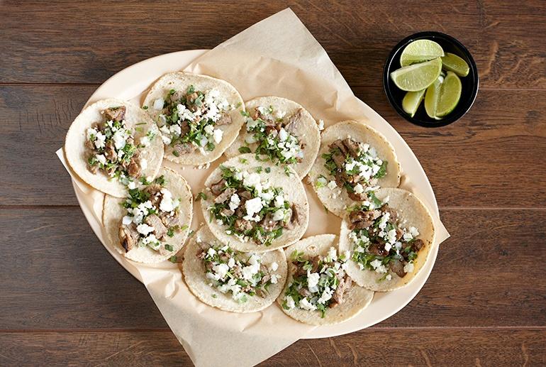 tacos_family_serving_melamine_platter.jpg