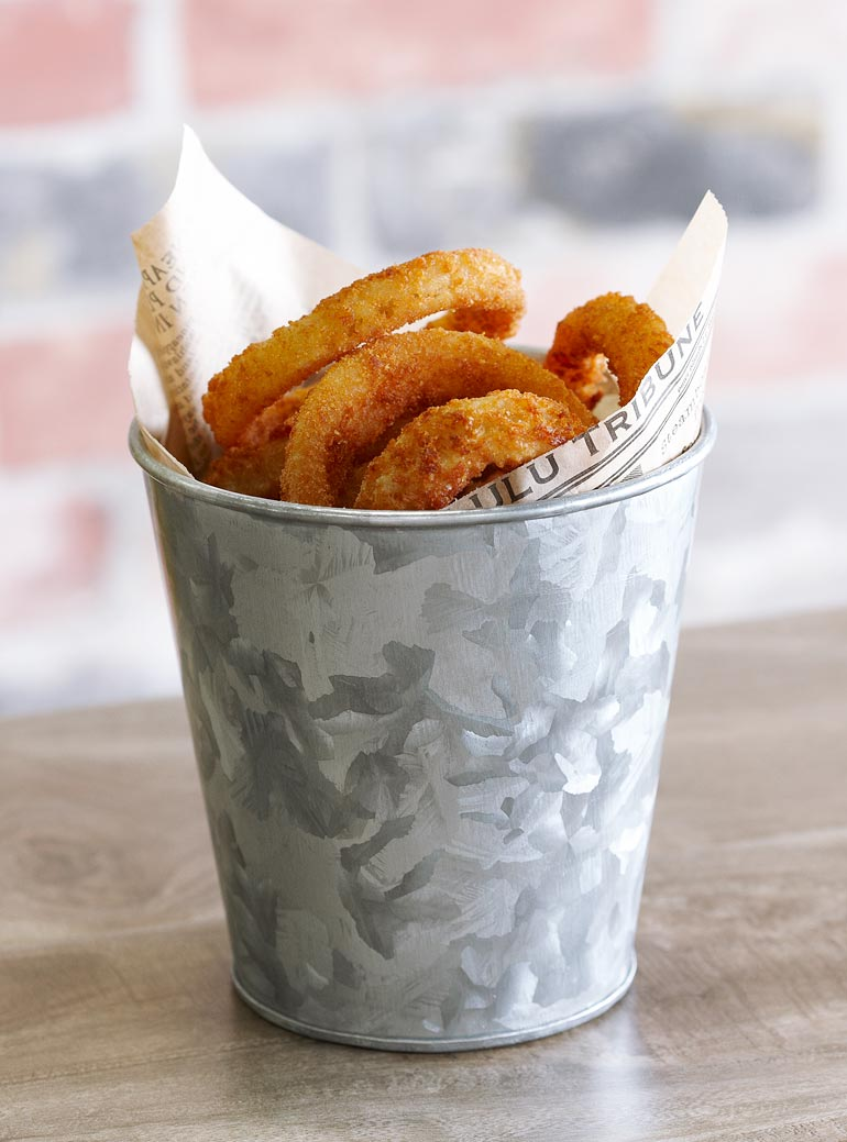 onion-rings-serving-galvanized-metal-bucket-with-paper-liner.jpeg