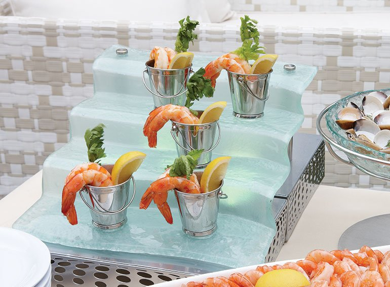 small-plate-dining-metal-pails-outdoor-seafood-buffet-display.jpg