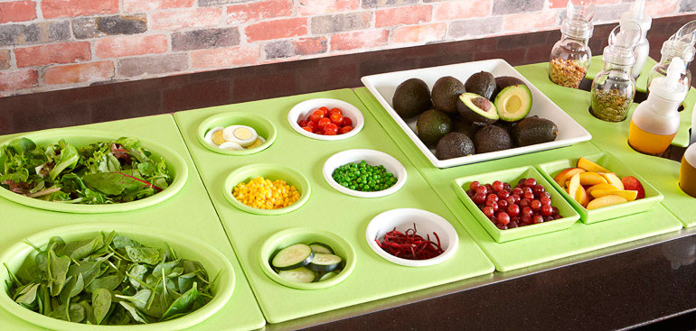 Salad Bars for Commercial Foodservice: Benefits and Setup Options