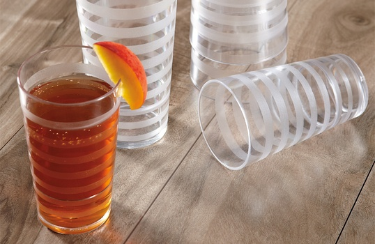 How to Choose the Best Plastic Tumblers for High-Volume Foodservice
